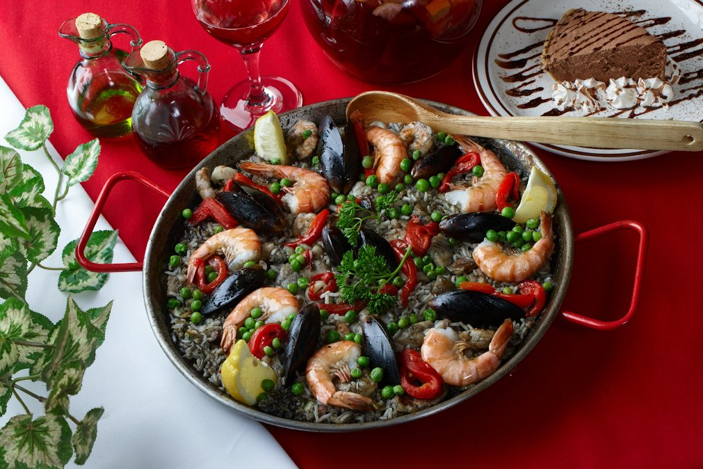 Black Paella from Don Quijote